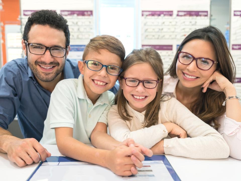 usmiechnięta rodzina